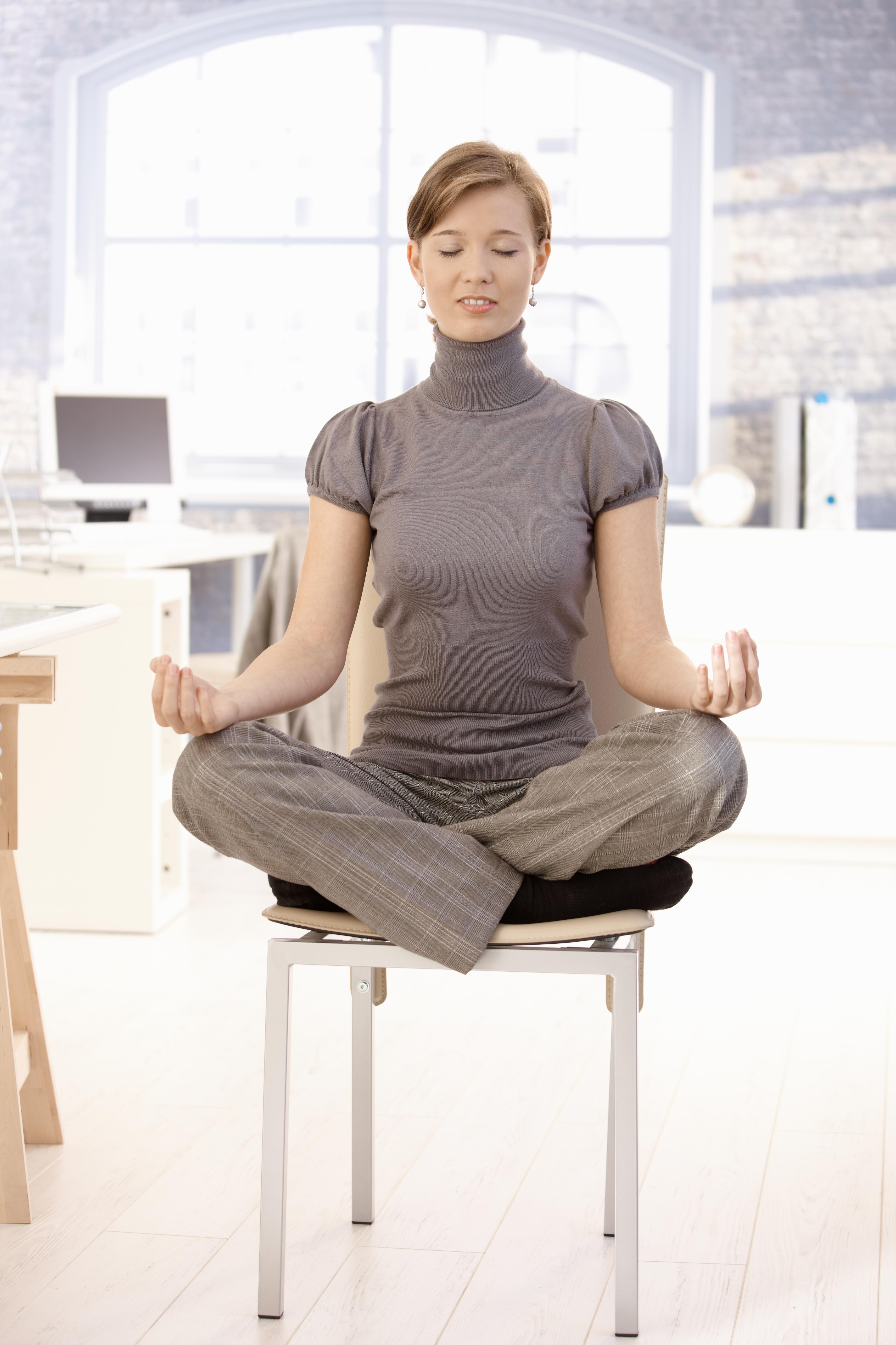 meditation office. How To Meditate In Office. Women Meditates On Coffee Break Office Meditation